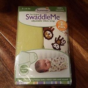 SwaddleMe